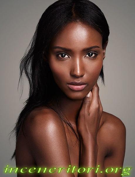 Biografi Fatima Siad Model Afrika Termahal